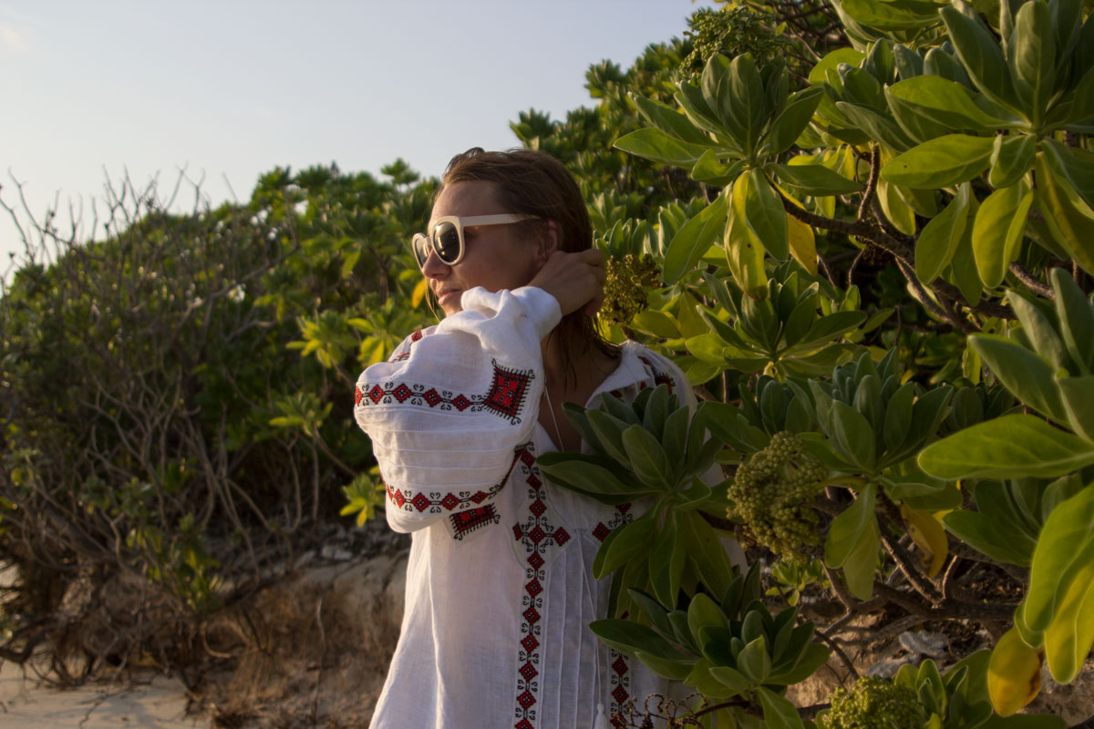 vyshyvanka, vita kin, ukraine, street style, maldives, vacation style