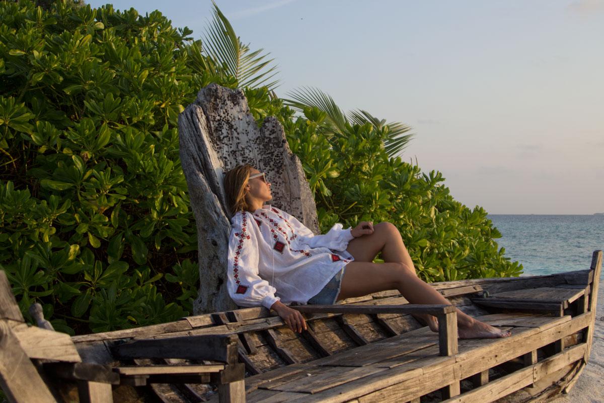vyshyvanka, vita kin, maldives travel, summer outfit